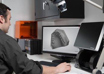surligner l'image pour Le passage de l'analogique au numérique des procédures de soins dentaires.