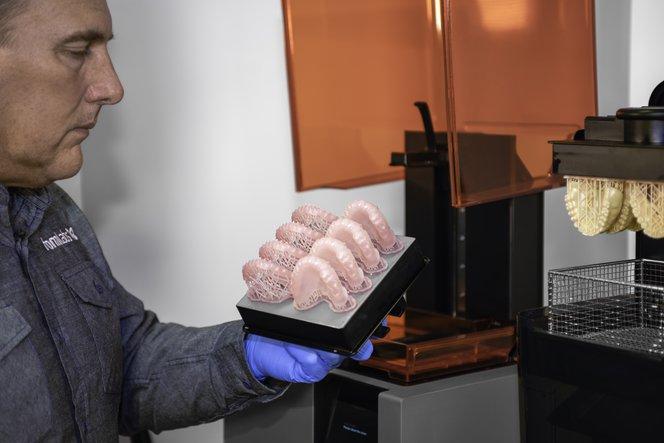 3D печать зубных протезов