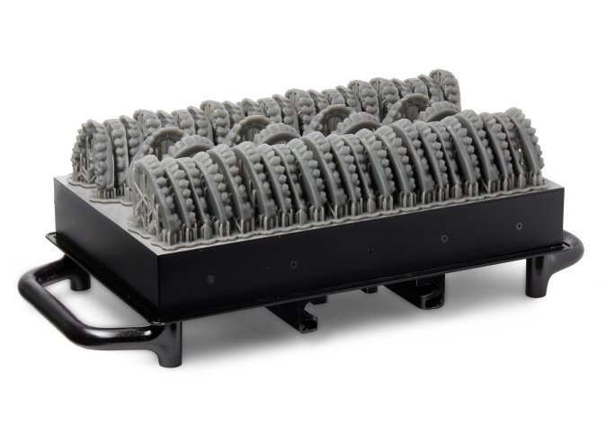 Build platform with draft dental parts